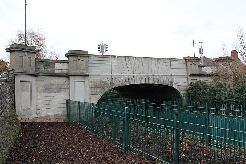 Rialto Bridge, Dublin Photo: Wikipedia