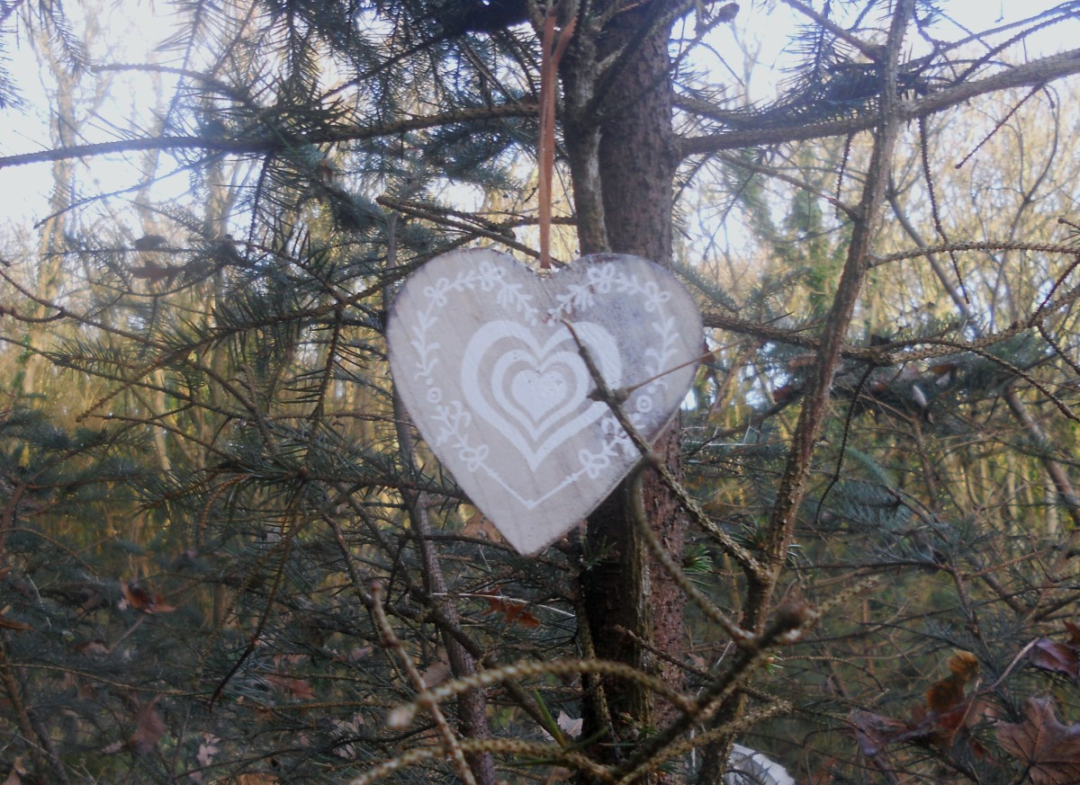 Christmas Love ~ Gatherings from Ireland #355