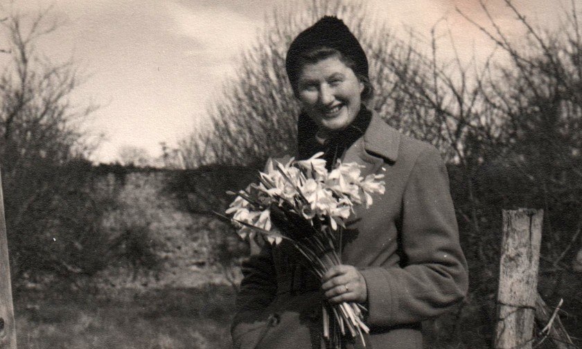 Mother with Daffodils Photo: Frank Tubridy