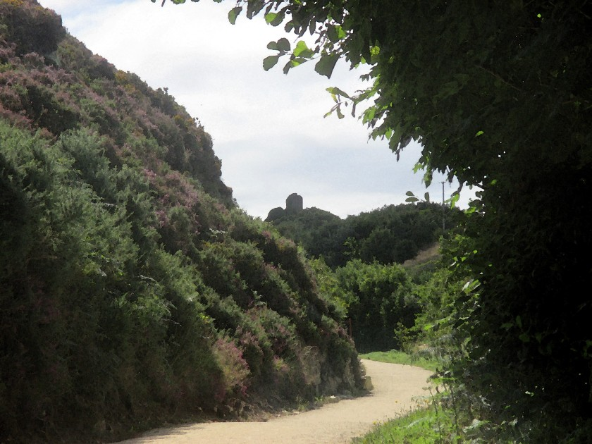 Dunhill Castle from the Anne Valley Trail